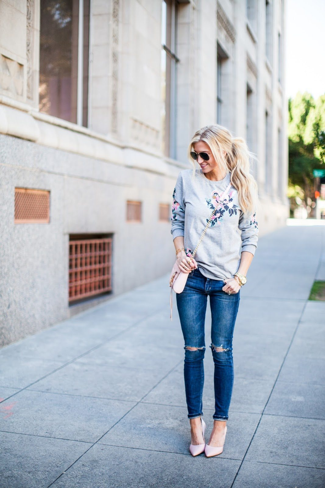 3 TIPS ON HOW TO DRESS FOR A CASUAL VALENTINES DATE NIGHT