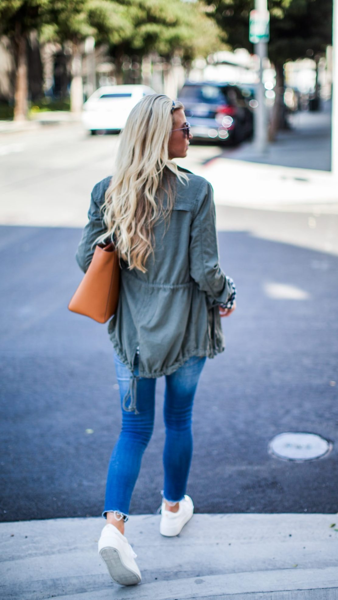 3 STAPLES FOR A CASUAL FALL WARDROBE