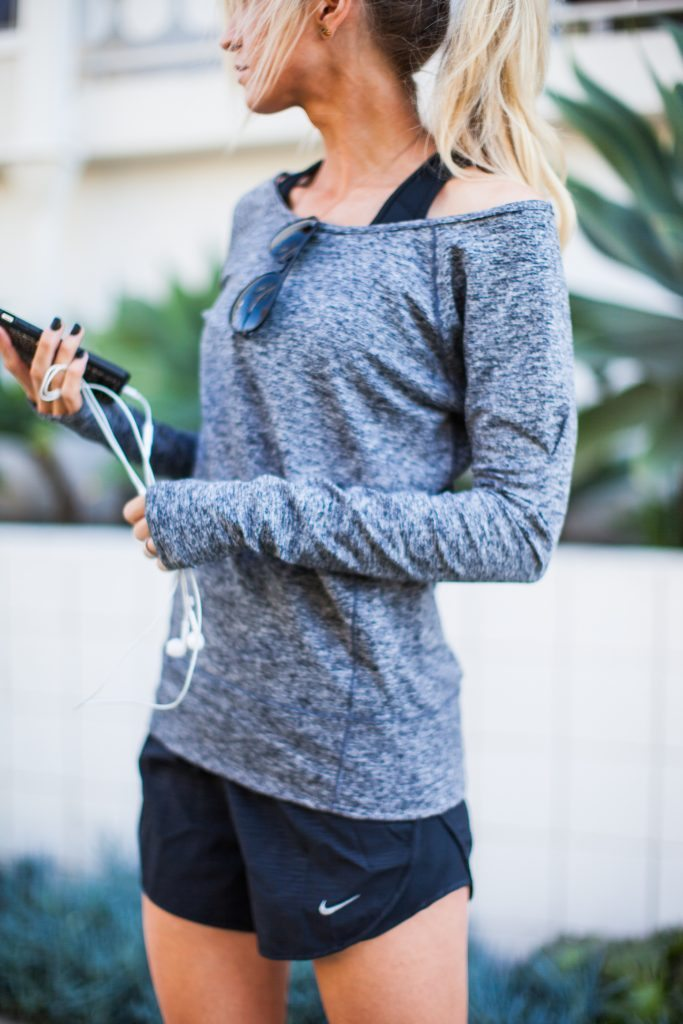 Grey + black activewear + tricks to cutting out sugar from your diet.
