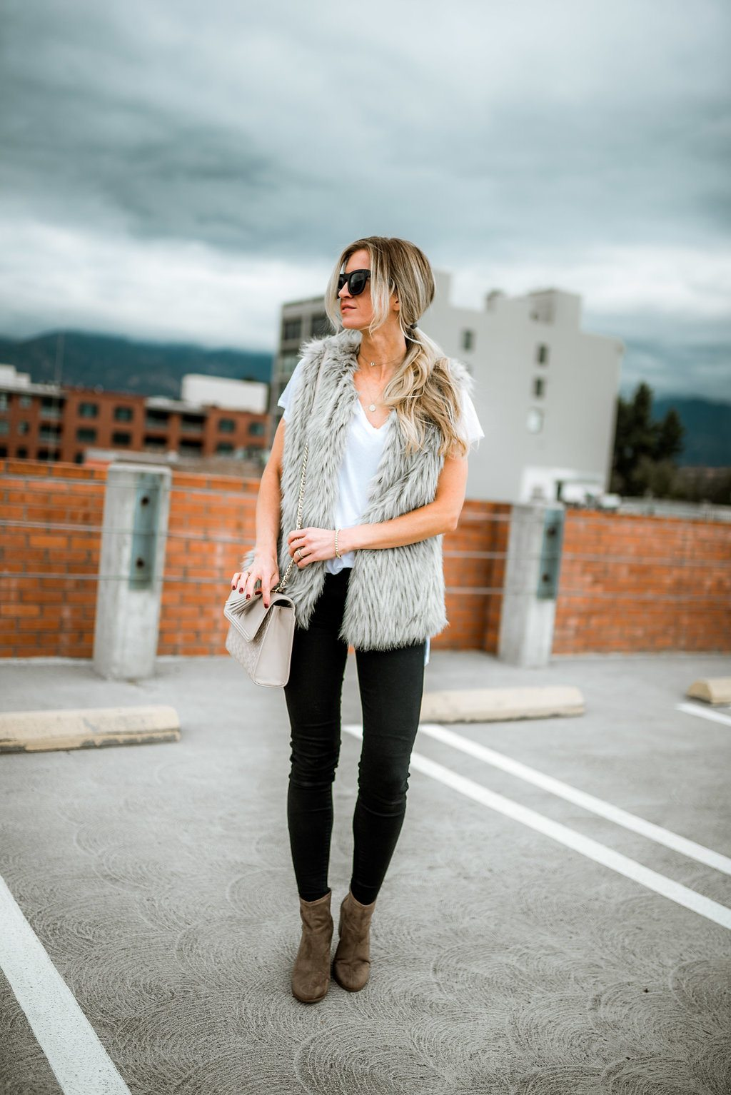 5 FUR VESTS I'M LOVING + A LIFE UPDATE!