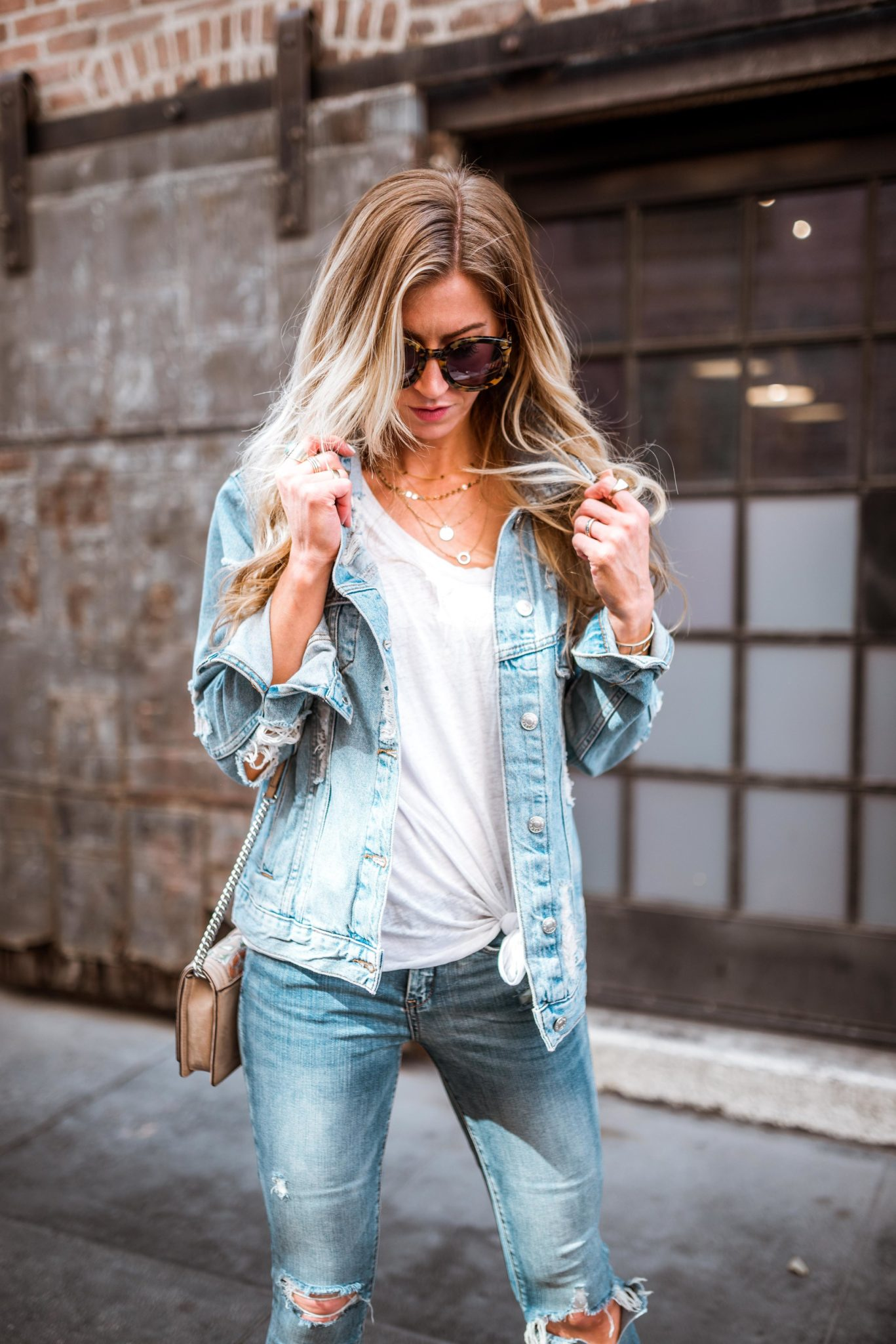 Leanne Barlow is featuring the distressed trend