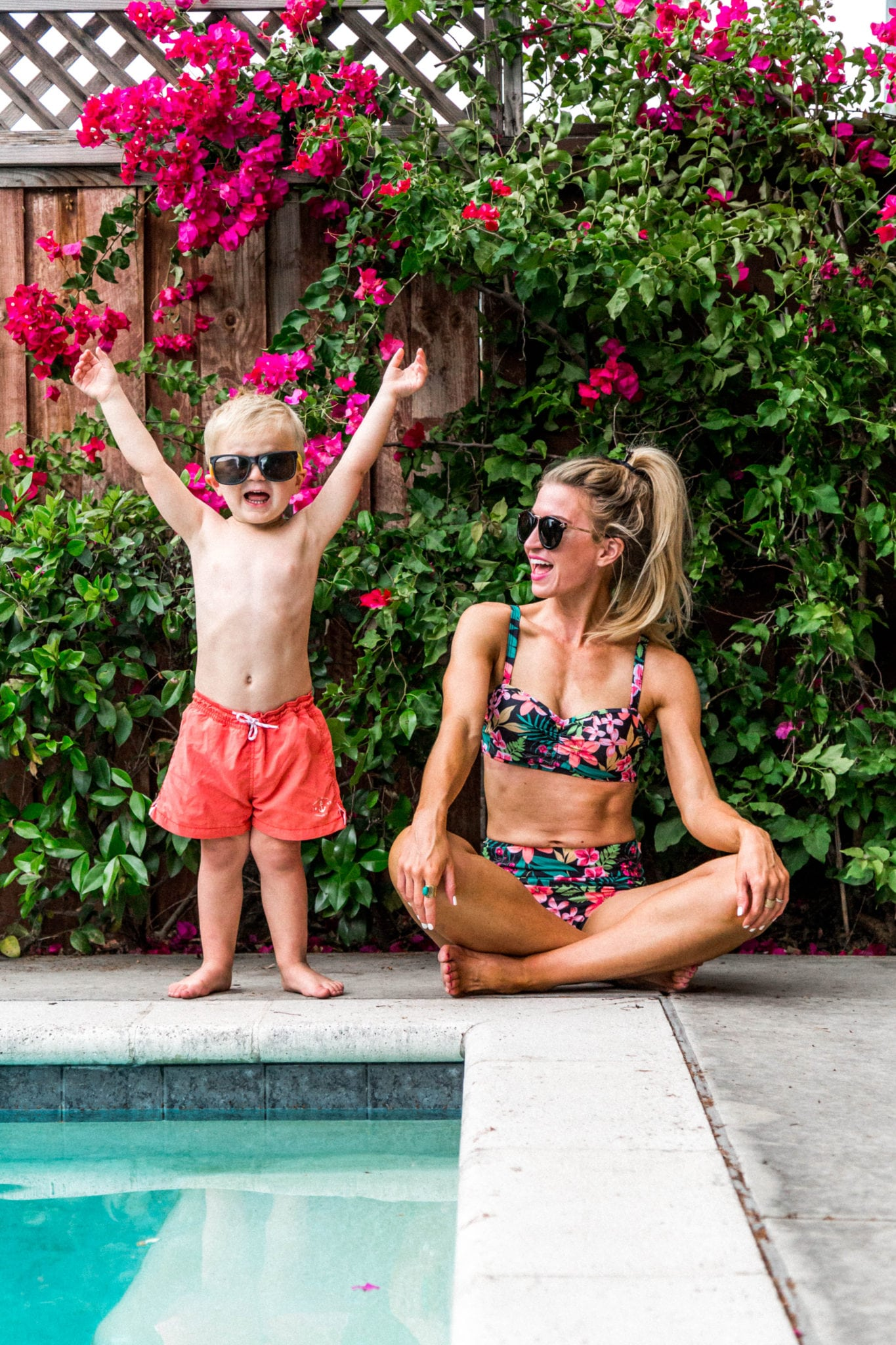 Cute summer swimsuits for moms that are kid friendly!