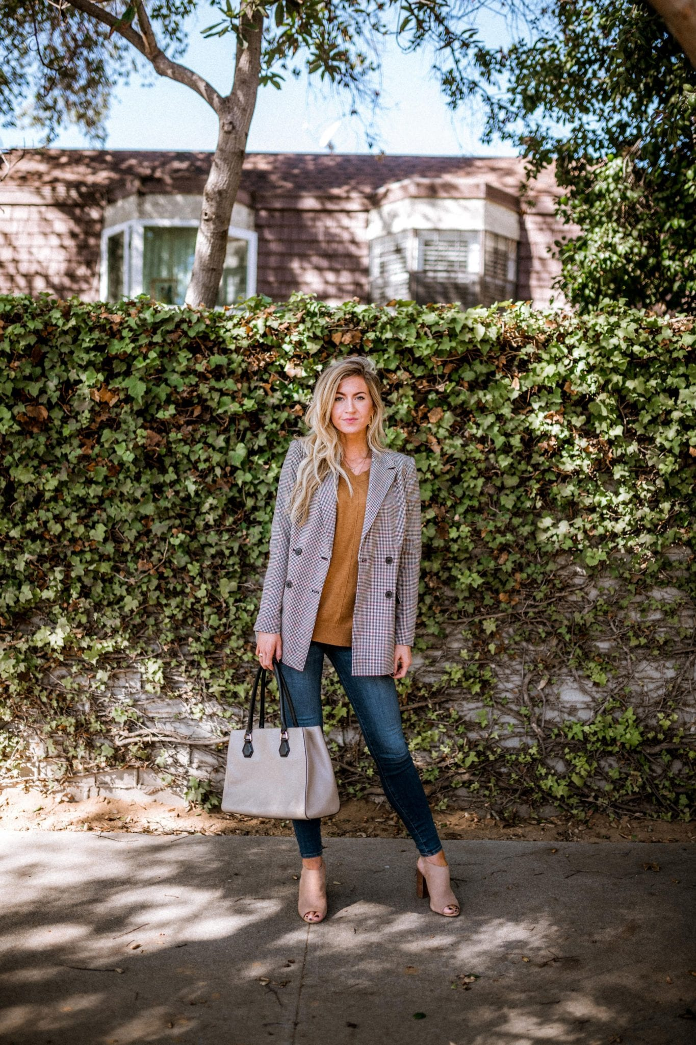 4 WAYS TO STYLE A BLAZER + MY FAVORITE BLAZERS FOR UNDER $100