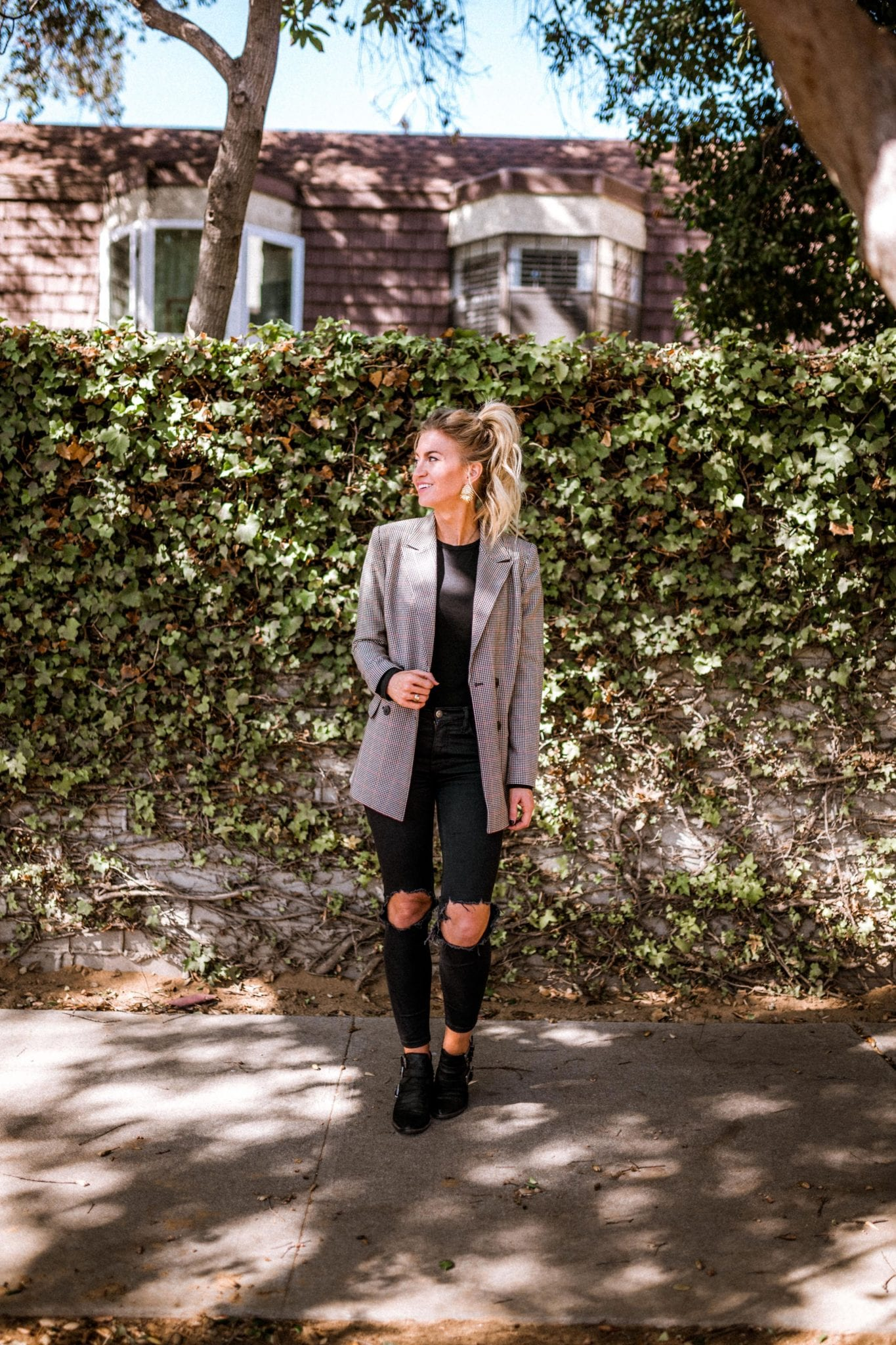 How to style a blazer 4 different ways
