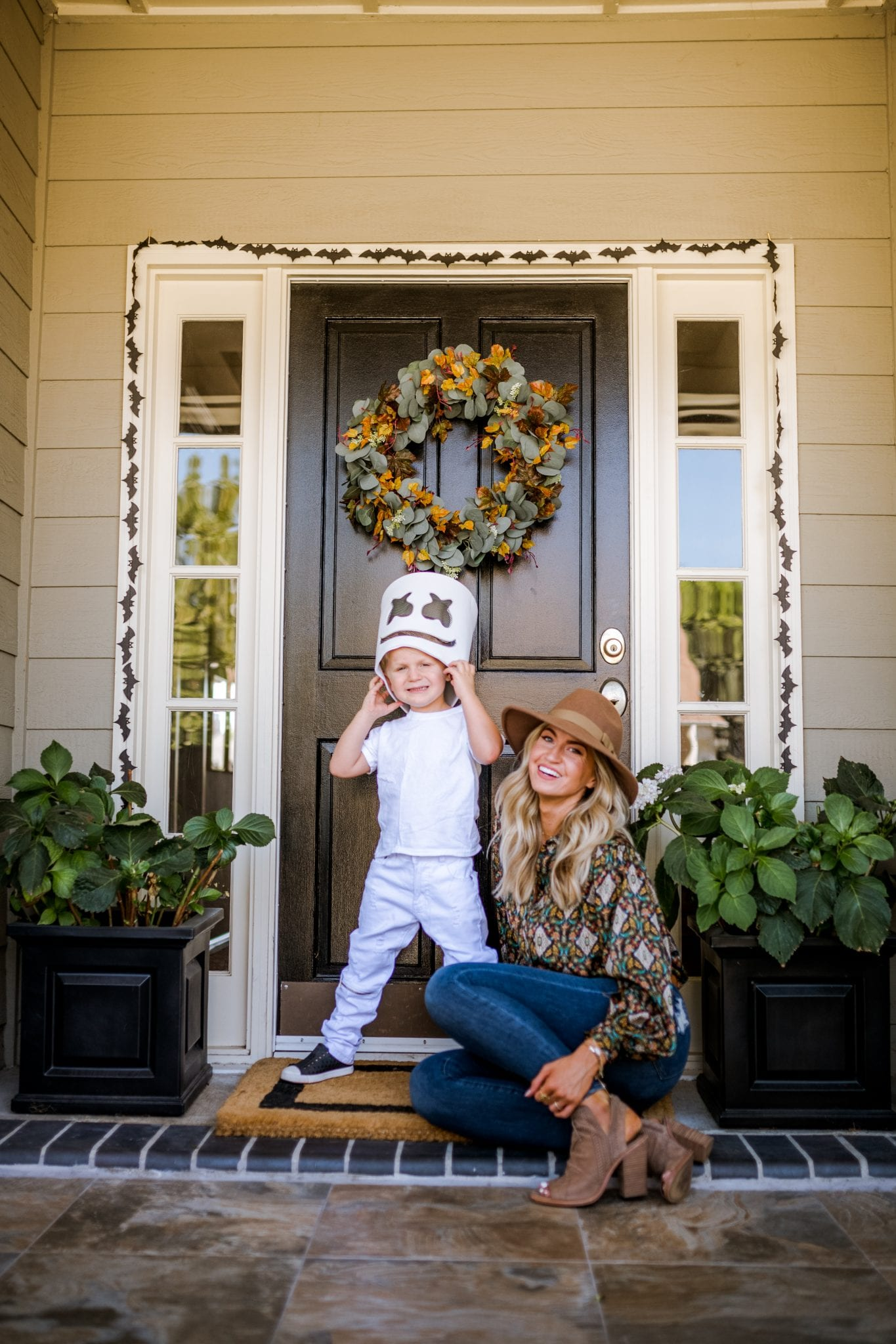 HOW TO CREATE A CUSTOM FALL WREATH + ELI'S COSTUME REVEAL
