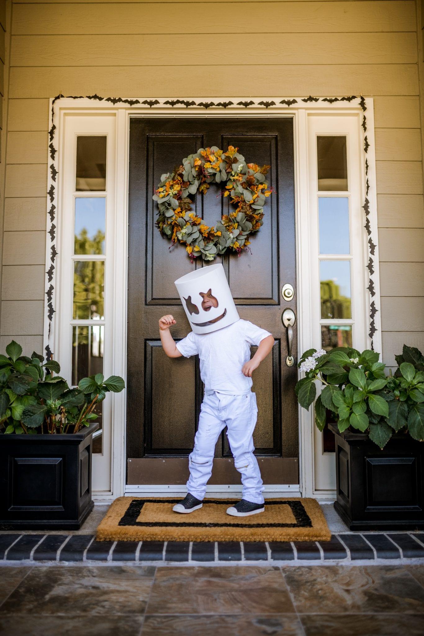 Eli's easy DJ Marshmello costume for Halloween