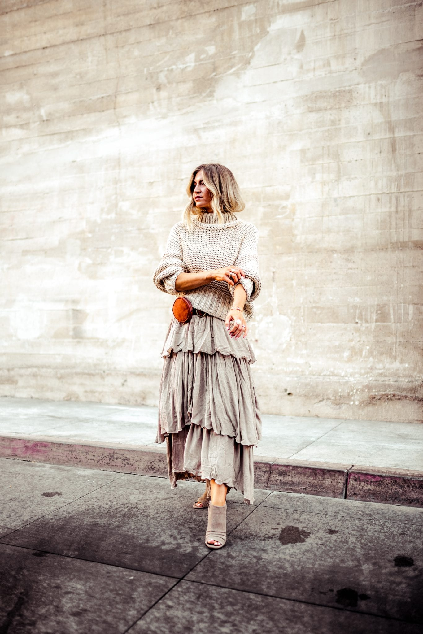 How to create a monochromatic look for fall.